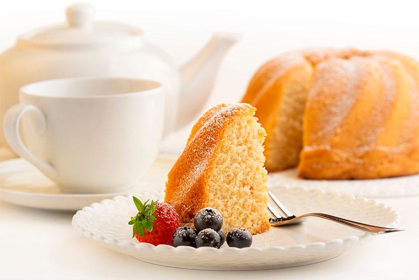 Dairy—_0000_iStock-511867551.-vanilla-cake